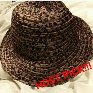 🌛ADORABLE LEOPARD HAT